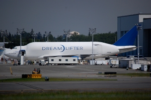 Irony: 747 became the best cargo option for the 787 project
